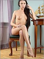 http://myhairylady.com/hairypussy4/elena3/