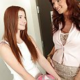 findpics galleries mom-knows-best-when-it-comes-to-blowjobs-1242