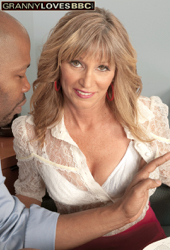 mom50 galleries MB 2018 10 a8c3D6