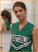 http://nshoneys.com/hosted1/hs/gals/henriette-cheerleader/index.php?id=103163