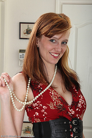 allover30free mature Alex 6E4pmI Ladies 1734_071712_31_Year_Old_Alex_From_AllOver30