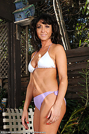 allover30free mature Coral LLVanG AO30 1464_041212_Naked_MILF_Coral_Outdoors