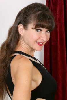 allover30free mature ivana-slew-1520464808