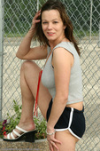 allover30women galleries3 263b-Allover30-Samantha-MILF-Outdoors ph