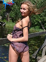 cutiesflashing public-flashing photos three 30