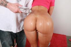 http://www.tbhostedgalleries.com/Free-Porn/Bubble-Butts-Galore/Druuna/122/1?s=1&revid=46349