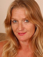 exclusivemilf pics older-blonde-woman-vickie-letting-her-saggy-tits-loose-from-top