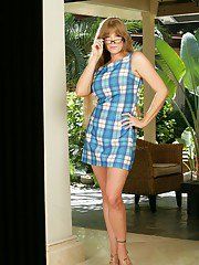 maturebigass pics 2011-03-29 sexy-mature-in-glasses-darla-crane-strips-from-nice-lingerie-outdoor