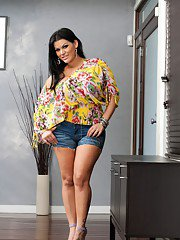 bigtitsmilf pics 2011-03-15 sexiest-latin-fatty-of-all-times-irresistible-angelina-castro