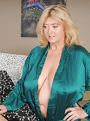 mature-orgasm pictures sassy-mature-blonde-milking-a-thick-dick-with-her-hands-and-huge-fatty-tits