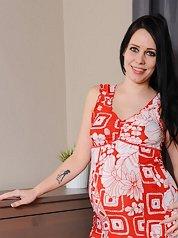 cdn free mypreggo gals Kristyna 03