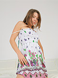 galleries emily18 nude cute-dress-on-teen-beauty  php