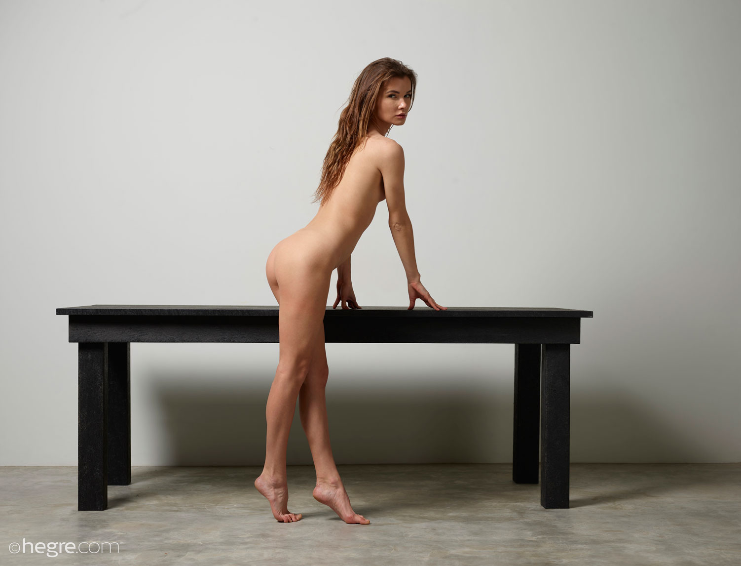 gyrls veronika-v-nude-and-natural