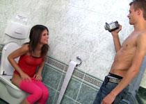 babesfarm caprice movies toilet_pov02