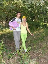 babesfarm pinkyjune hard outdoors02