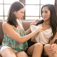 chloeamour newpornstarblogs 2014 12 06 chloe-amour-shyla-jennings-india-summer-mommys-girl