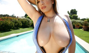 pornpics galleries cutie-with-huge-melons-september-carrino-poses-by-the-pool