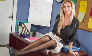 pornpics galleries blonde-teacher-brooke-tyler-shows-her-office-with-naked-boobies