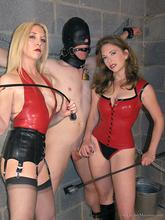 http://femdomcage.com/femdom/theenglishmansion/gallery52076/index.html