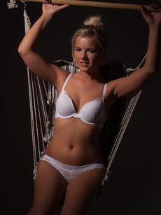 http://fhg.thelifeerotic.com/2013-03-13/SEX_SWING_1/