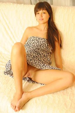 http://fhg.eroticbeauty.com/2012-04-04/CASUAL/