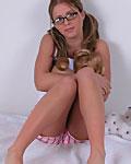 http://freehostedpics.com/hosted/cam05/cgf/glasses/