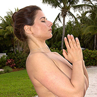 http://gallys.chloesworld.com/pics/008.Yoga.12717/?
