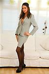 http://galleries.tease-pics.com/onlysecretaries/013x/index.php?id=585728