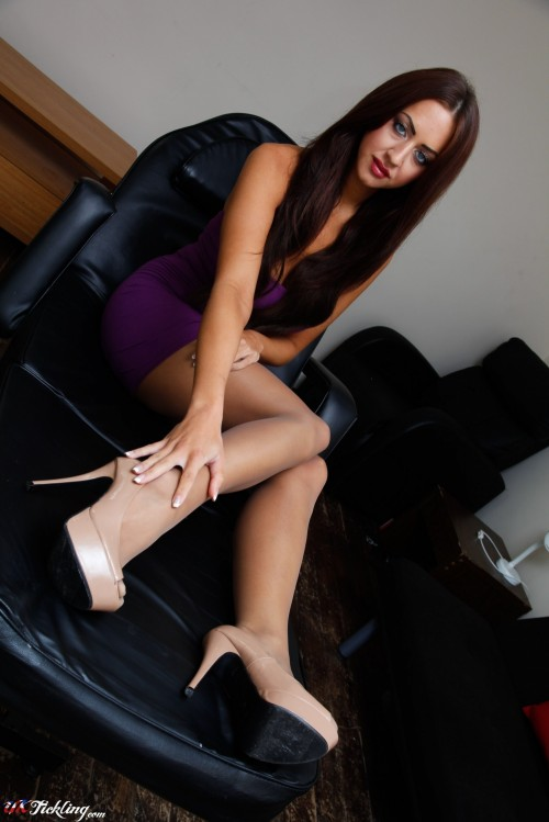 http://galleries.uktickling.com/galleries/photos/stephanie-knight01/