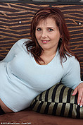 http://galleries.allover30.com/mature/MarieJeanne/Joapyh/Z03/
