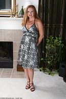 http://galleries.allover30.com/mature/MichelleM/jIeSQY/V07/
