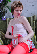 http://galleries.ferronetwork.com/fhg/licknylons/pictures/002j_1/alina-barbara-stockings-lesbian-housewives.shtml?-cash