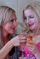 galleries ferronetwork fhg licksonic pictures 5175_3 judith-betty-sexy-lezzy-duo-