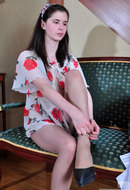 galleries ferronetwork fhg secretarypantyhose pictures 016j_1 beatrice-arthur-awesome-office-pantyhosers