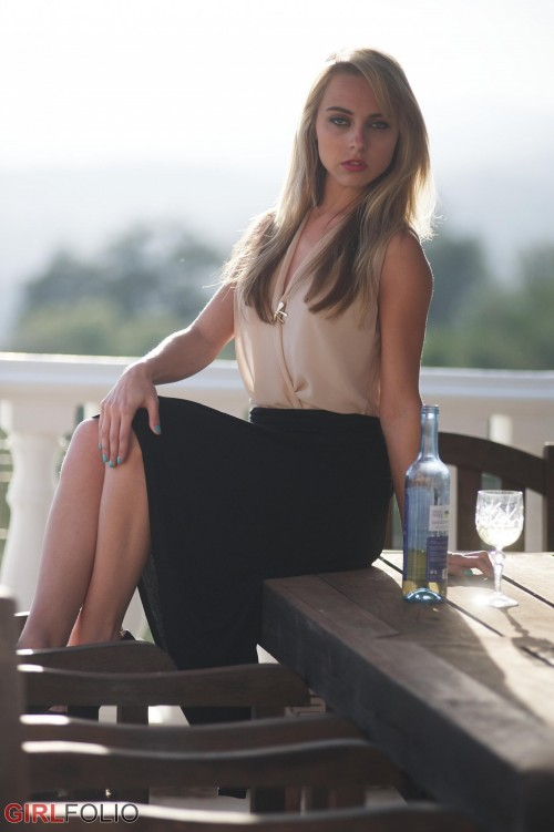 Chloe 18 amatuer porn