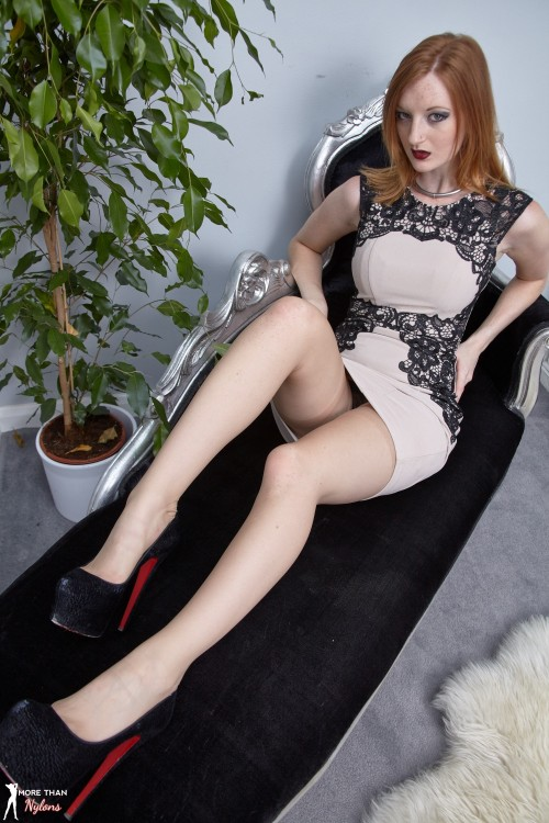 galleries morethannylons galleries photos chaise-me-chaise-me 2393958