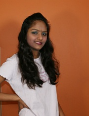 galleries mysexydivya pictures divya_in_pink_tshirt