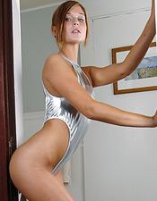 http://galleries.nextdoor-models.com/gals/2/1713121/30.html