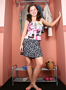 galleries5 petiteteenager 2 kimmydressups