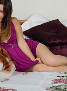 galleries5 ptclassic 3 emily-18-tiger-and-tits