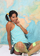 galleries5 ptclassic 3 little-lorie-new-girl-white-fishnet-stockings