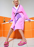 galleries5 ptclassic 3 pinky-june-pink-robe-comes-off
