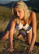 http://galleries6.petiteteenager.com/11/zemani383/