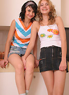 galleries6 petiteteenager 2 abigailandfriend