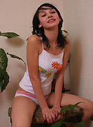 galleries6 petiteteenager 7 abigailplants