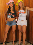 galleries8 petiteteenager 2 spicetwins hooters