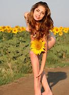 http://galleries8.petiteteenager.com/4/amourangels/sunflw/