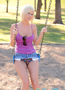 http://galleries8.petiteteenager.com/4/baileykline/swing/