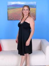 http://gallery.riomature.com/olderwomen/pvphopd/gallery.html