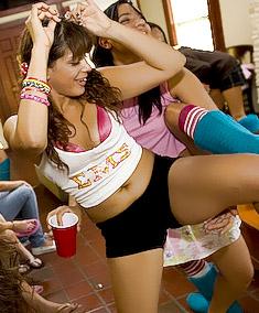 http://galleries.dancingbear.com/db6250-4/?pps=cutegirlz
